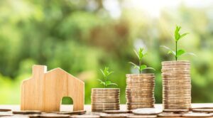 Read more about the article Bitcoin Investment Vs Real Estate Investment